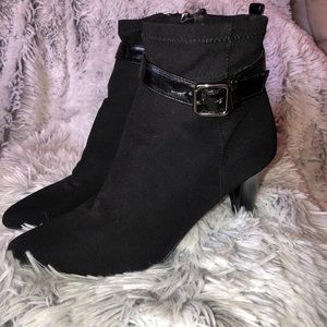 Etienne Aigner Heeled Cloth Ankle Boots Sz 7 1/2